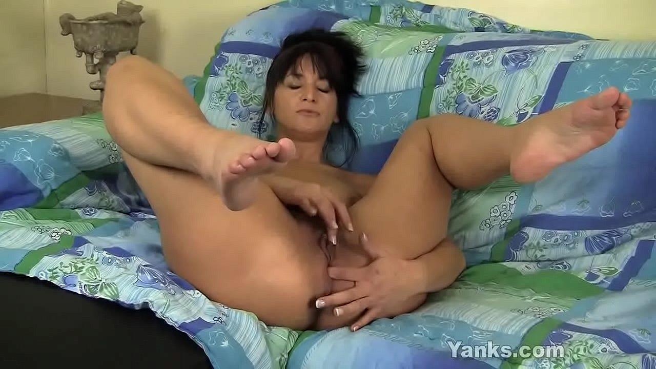 Big tits beautiful women porn online