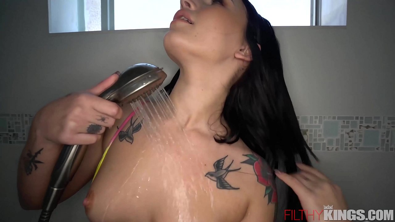 Busty Tattoo Babe Sucks Big Dick for Cum