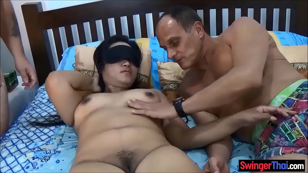 Amateur Wife 10 Inch Cock