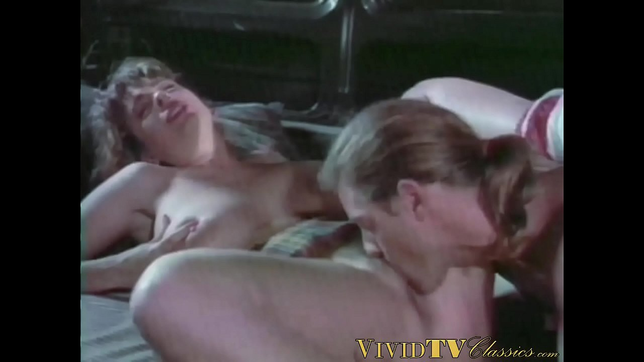 Vintage porno where MILF with enormous breasts rides dick