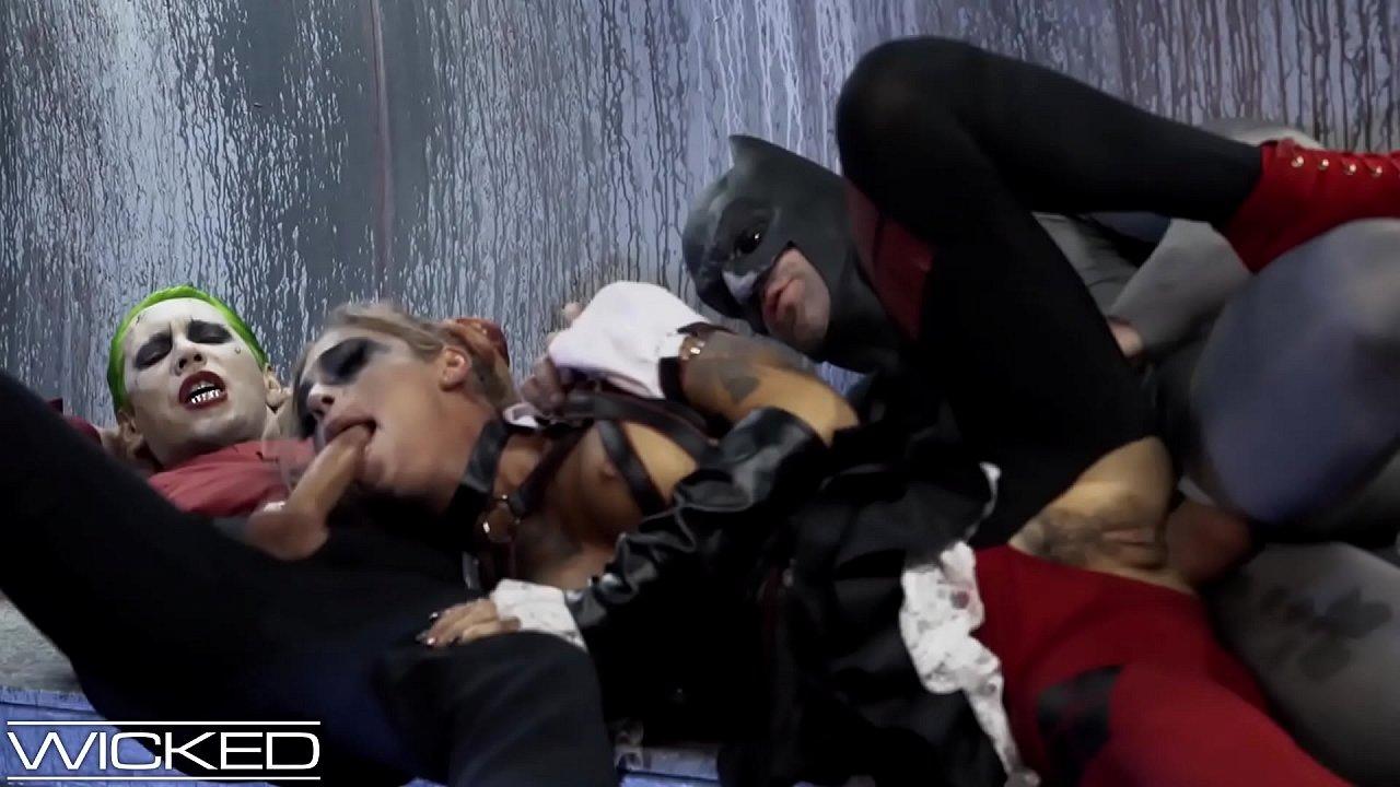 Harley Quinn Cosplay Pov