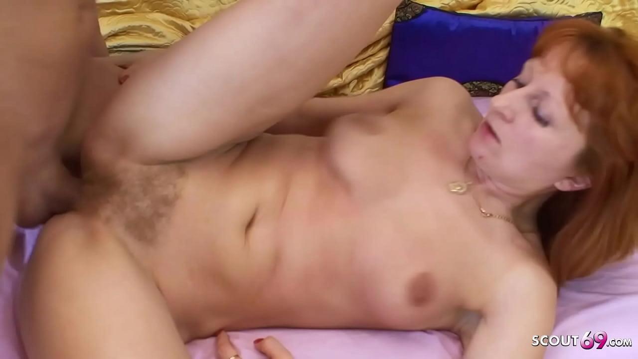 Mature Mom Fuck Son Porno