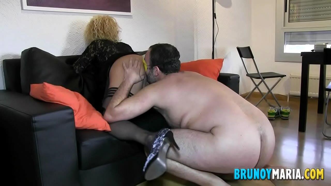 Peliculas porno gratis bruno y maria españolas Regalamos A Un Visitante De Bruno Y Maria El Polvo De Su Vida Con Carla La Milf Folladora Xvideos Com