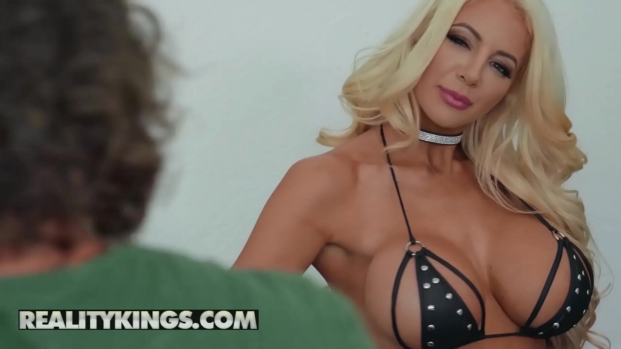 Milf Hunter – (Robby Echo, Nicolette Shea) – Bound By Shea – Reality Kings 10 min 1080p