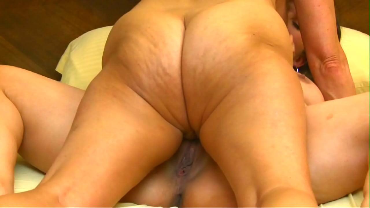 Lesbian Webcam Tribbing Orgasm