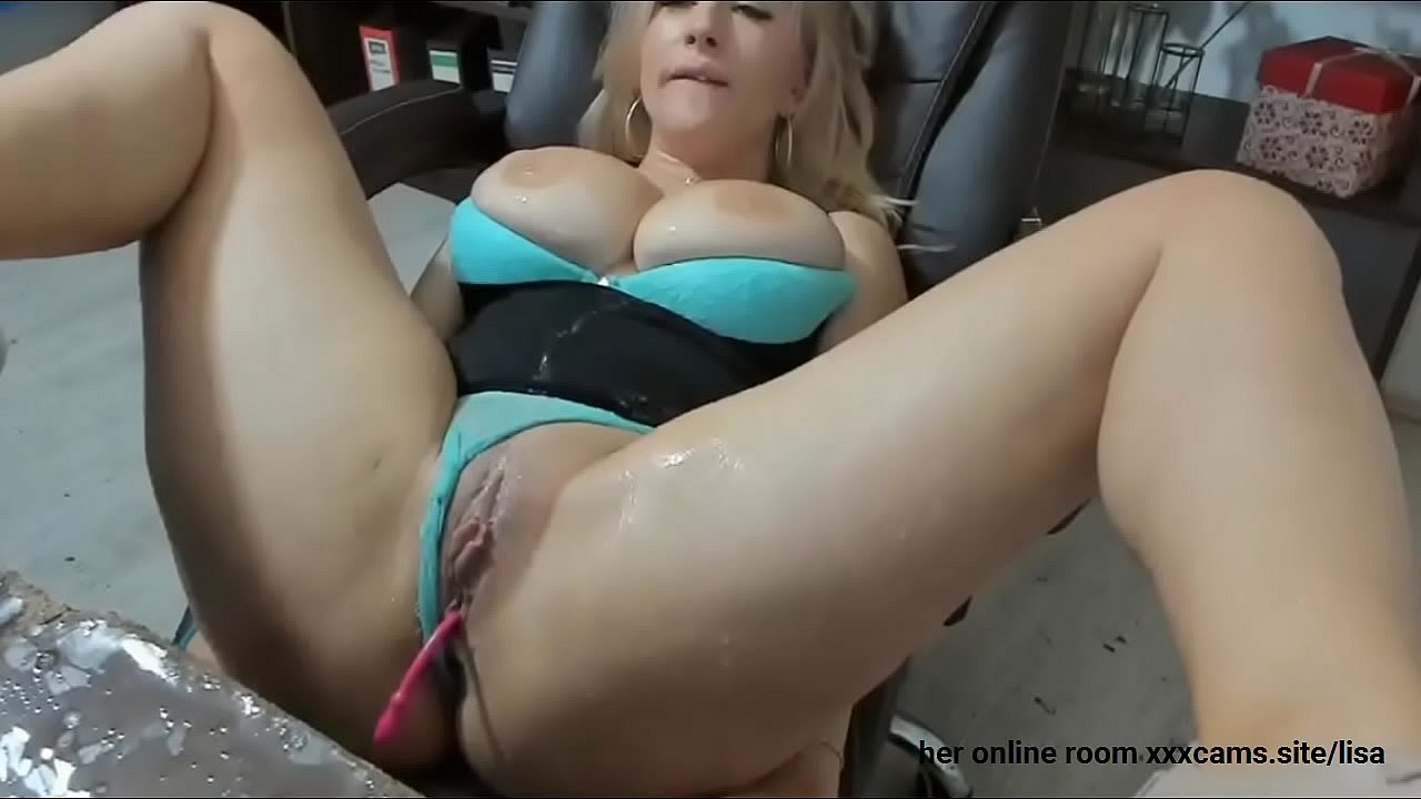 Big Natural Tits Mompov