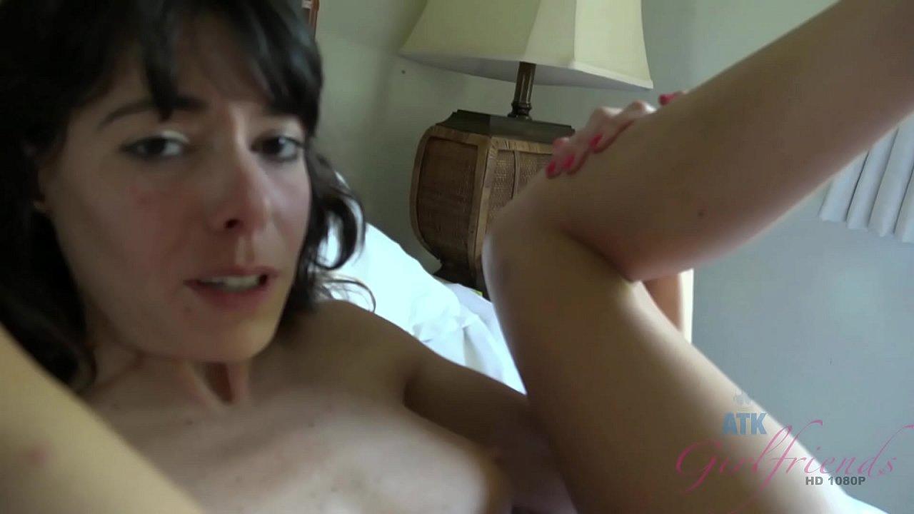 Amateur Milf Cuckold Bisexual