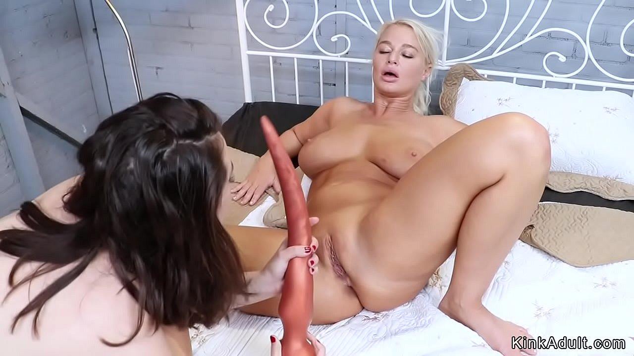 Teen Lesbian Nipple Play
