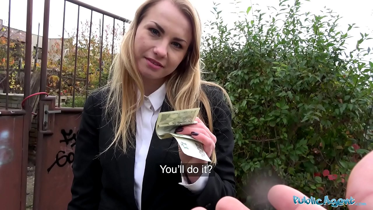 Public Agent Milf Brunette