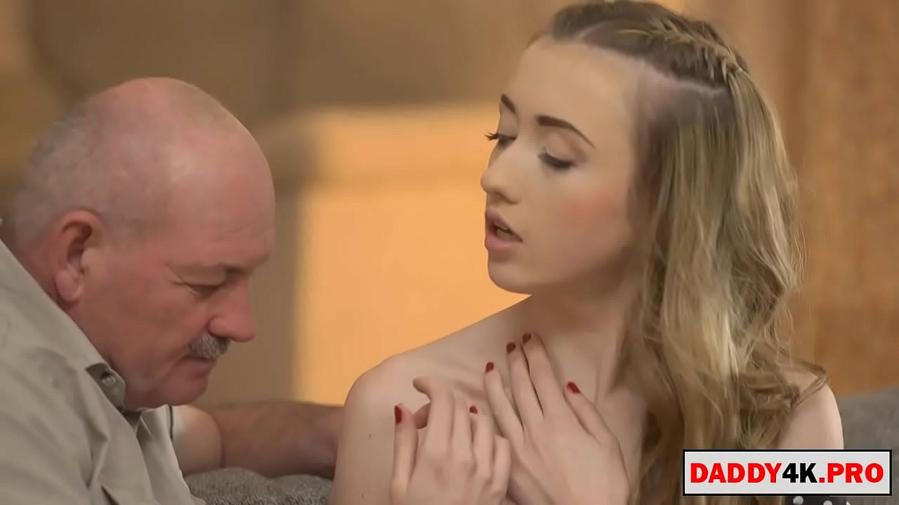 Big Cock Tranny Fucks Girl