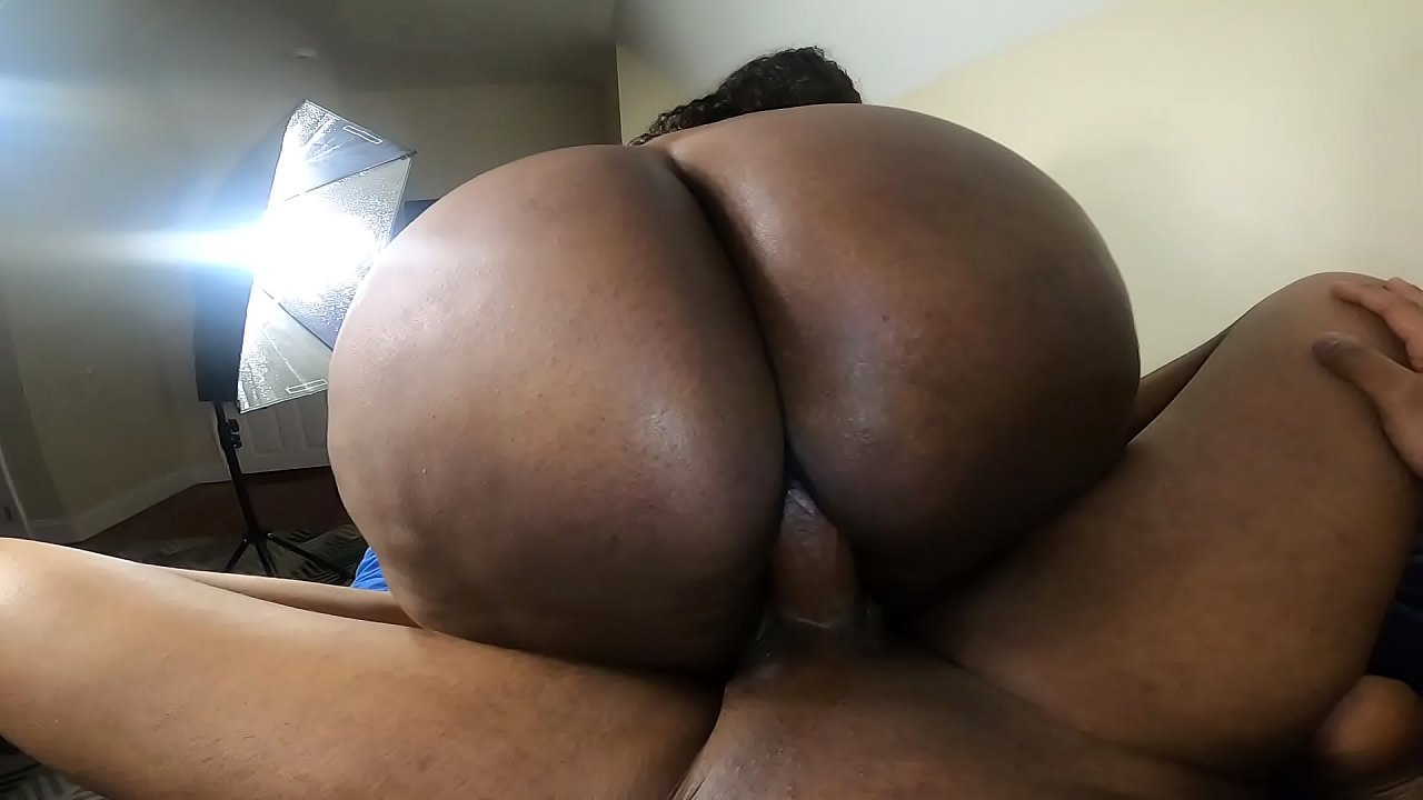 Big Ass Riding Reverse Cowgirl