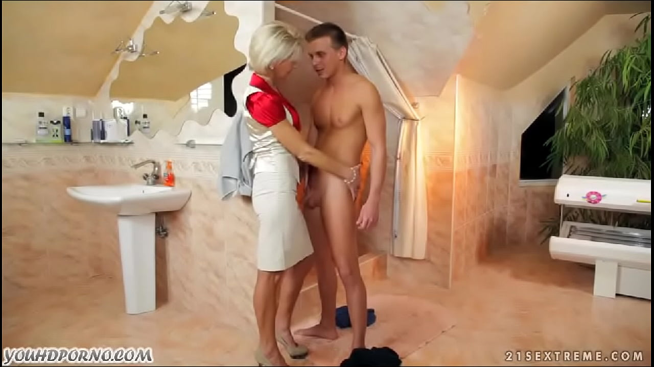 Aunt seduced nephew from adultfullhd.com  thumbnail