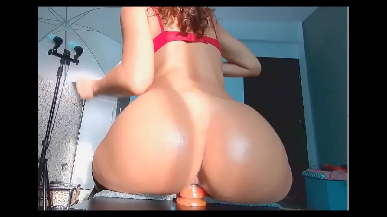 Big Ass Bouncing Dildo Squirt