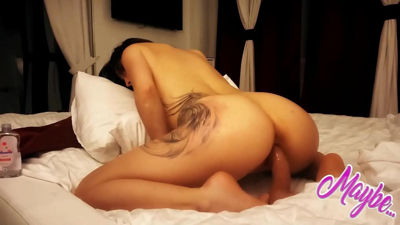 thick latina pussy creampie