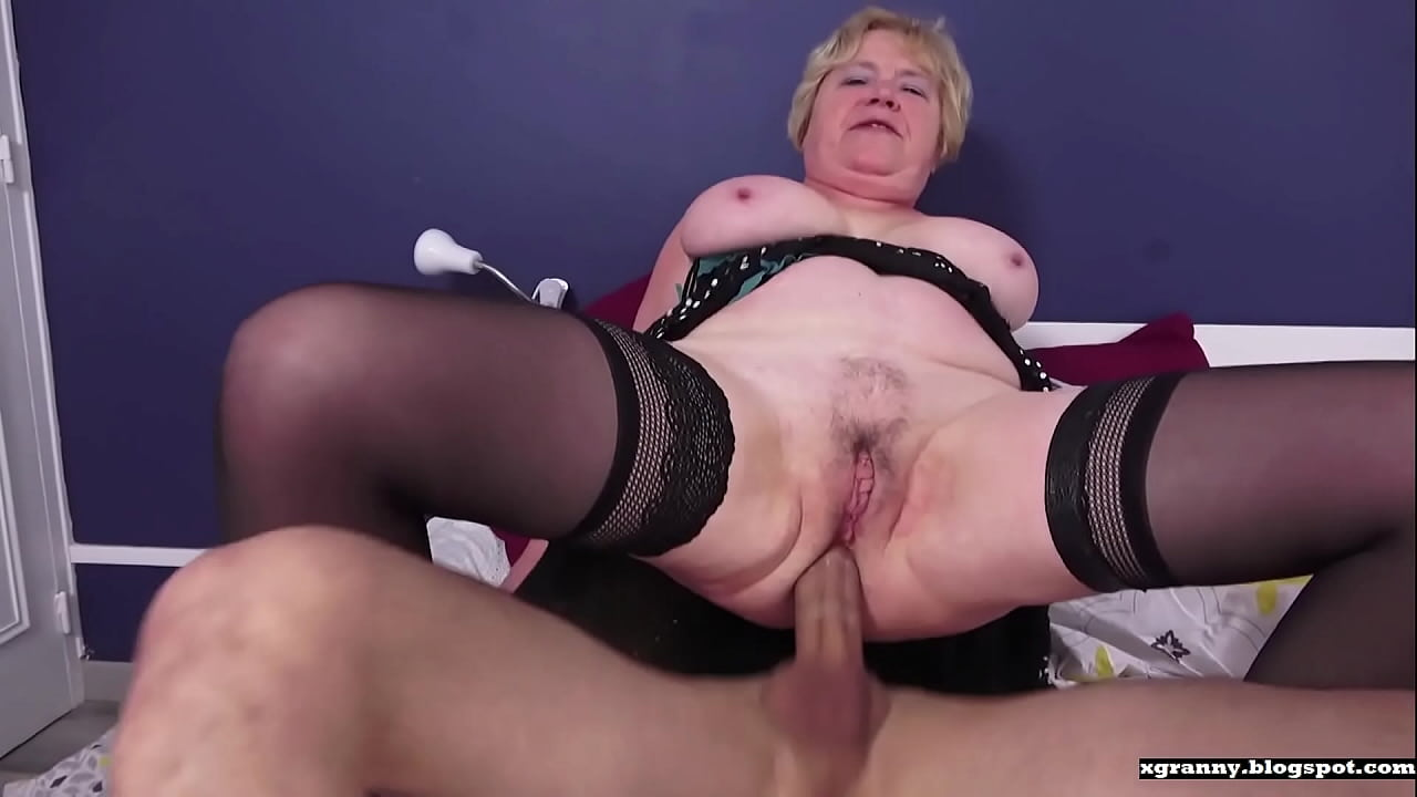 Old Young Threesome Anal