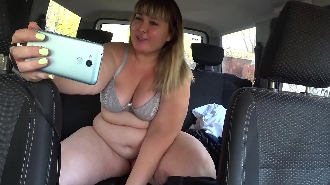 Teen Giving Her First Blowjob