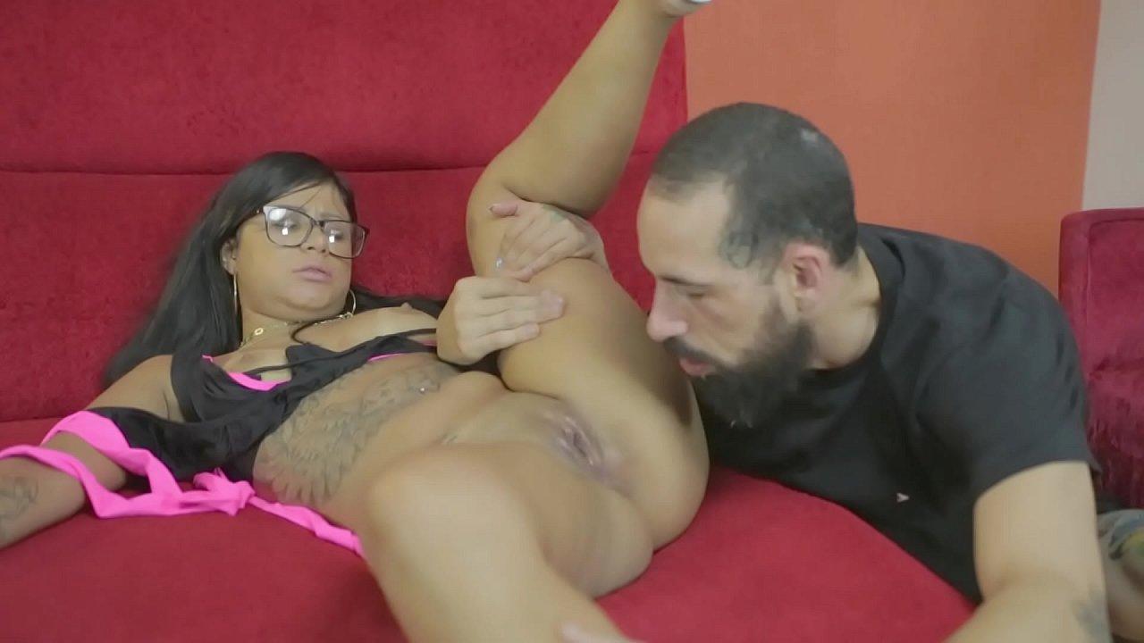 Adoro se chupada com uma língua bem quente - Amanda Souza - Billy Gun Pornstar