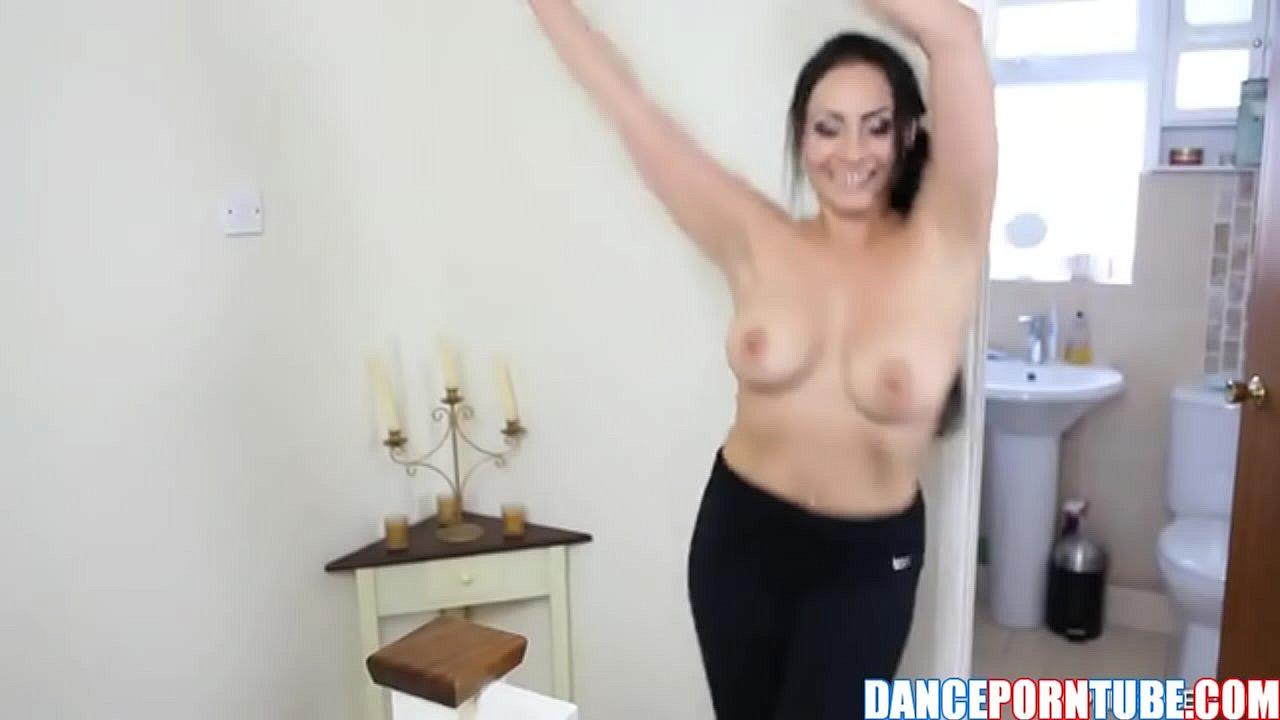 Busty milf naked Nude Busty