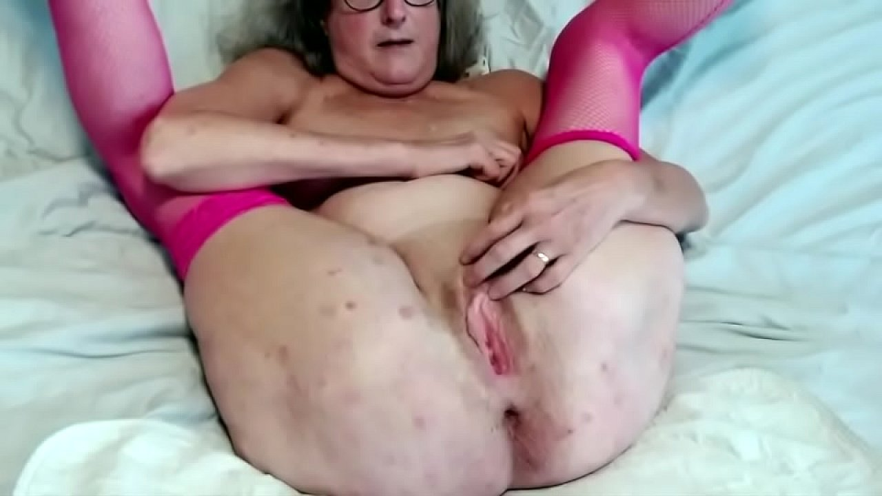 Big Tits Solo Pussy Squirt