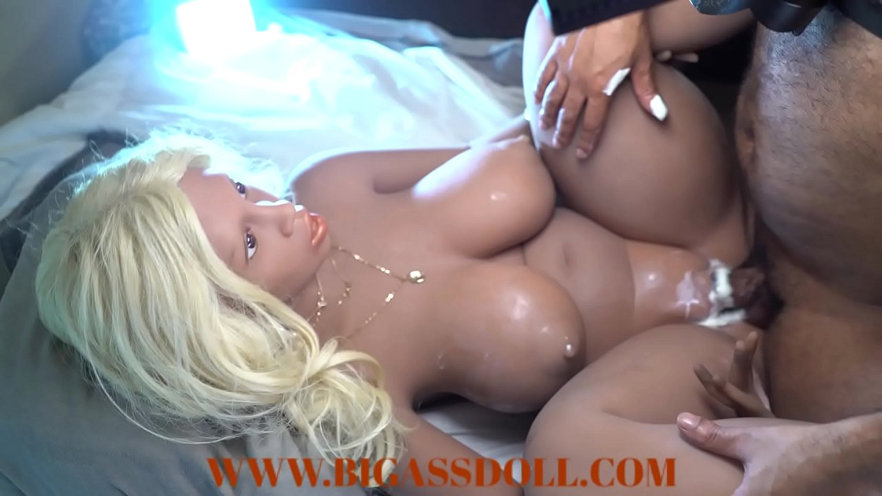 Squirting Pussy Getting Fucked