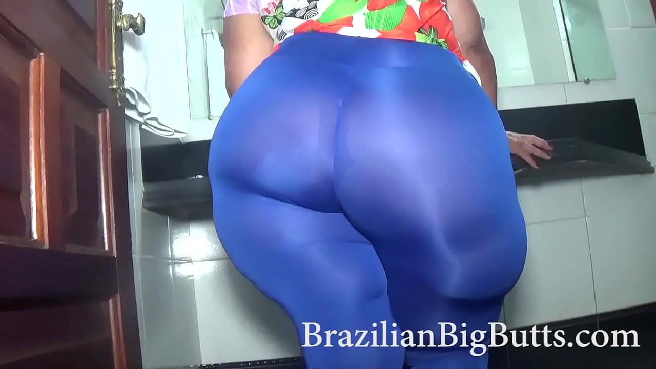 Mature ssbbw pawg in yoga pants Brazilianbigbutts Com Granny Ssbbw Madambutt Fat Ass Wearing Leggings Xvideos Com