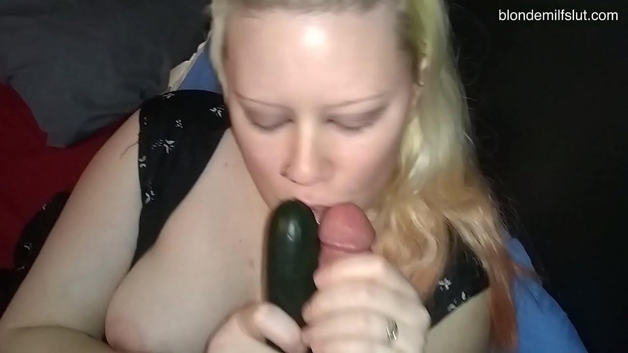 MILF PRETENDS TO SUCK TWO COCKS  thumbnail
