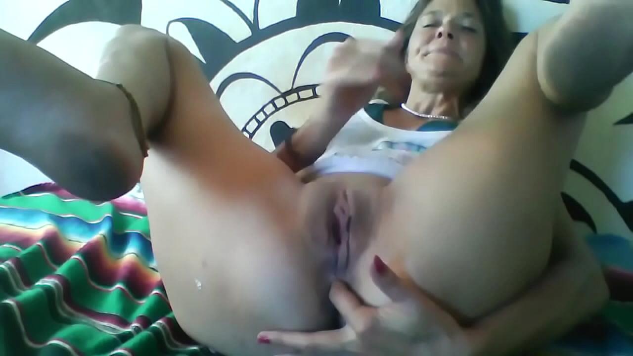 Horny Orgasmic MILF Pleases Me!