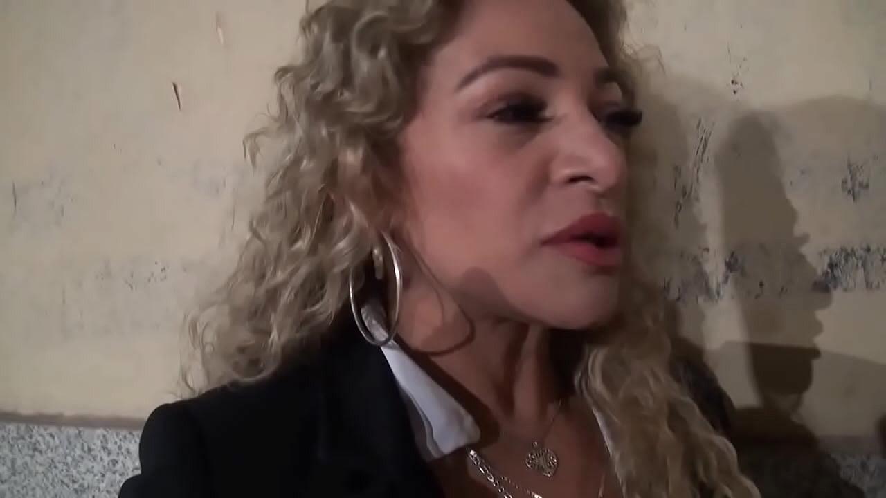 คลิปโป๊ น้องสาวแม่ หุ่นเซ็กซี่ นมใหญ่