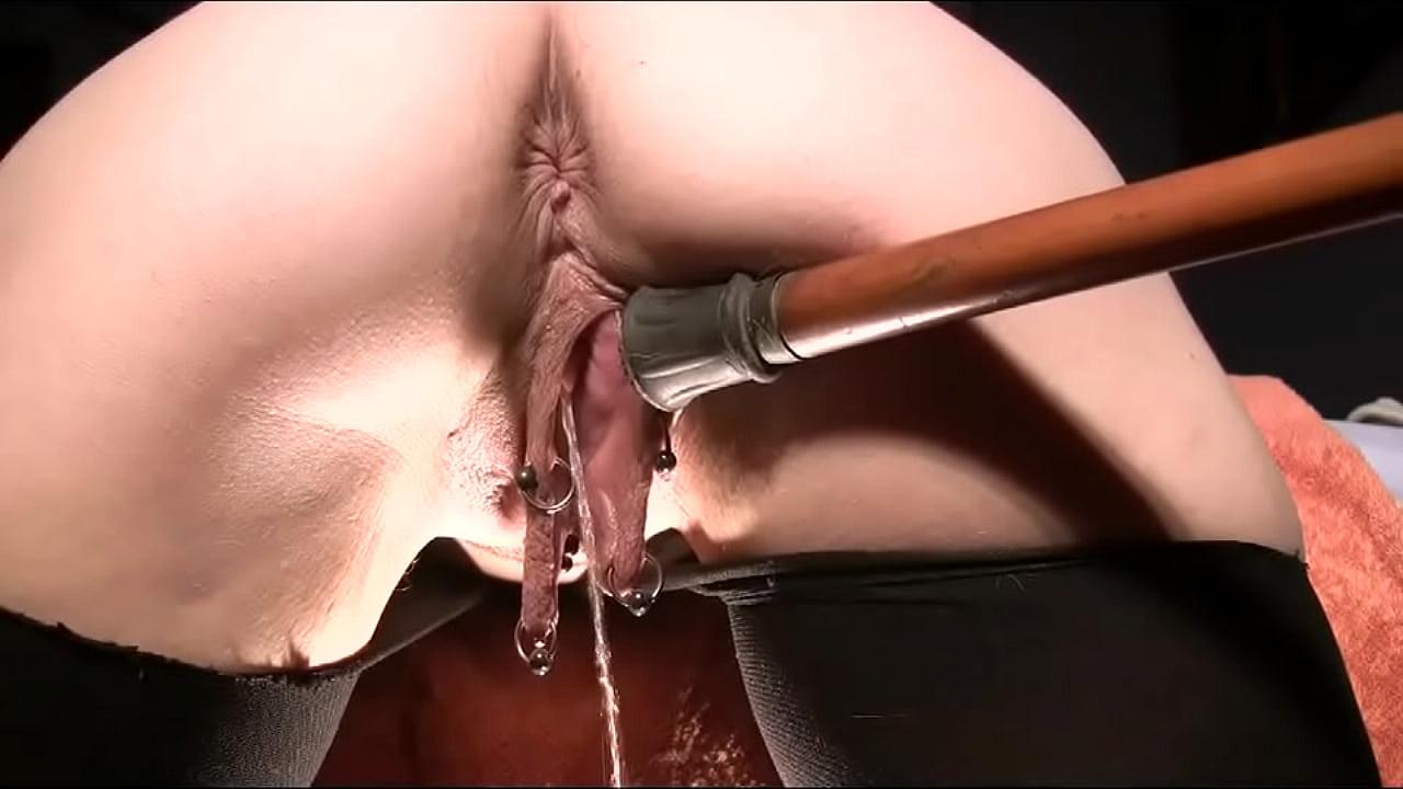 Pierced pussy lips