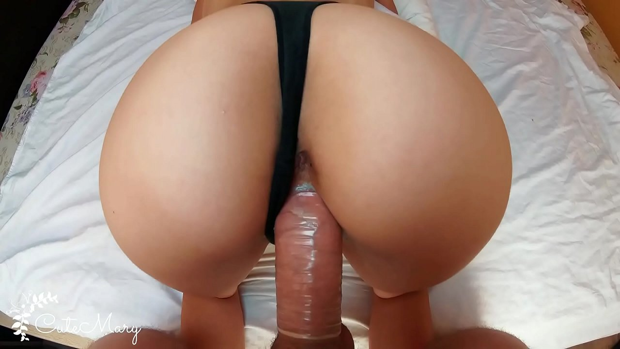 CHEATING WIFE STRANGER TAKES CONDOM OFF AND GETS ACCIDENTAL CREAMPIE P1