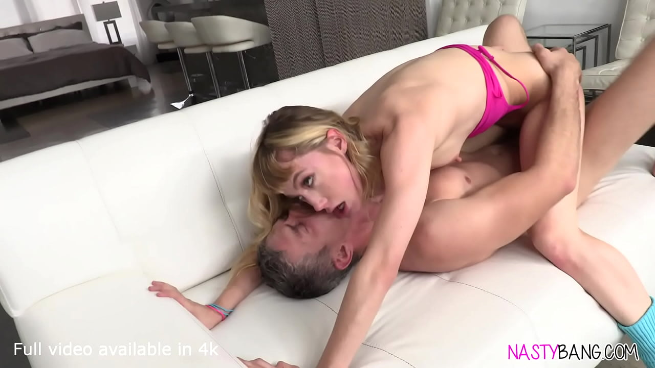 Blonde Teen Vibrator Orgasm