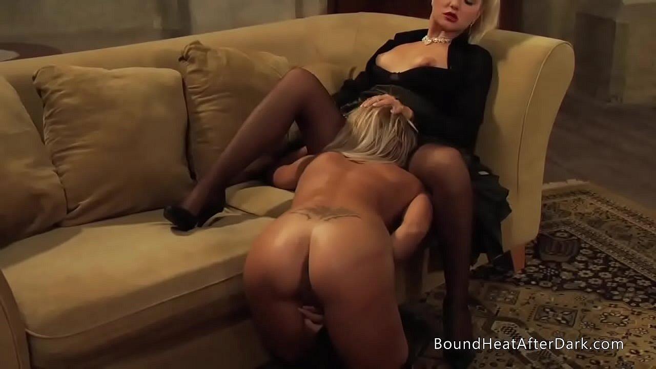 Lesbian Real Orgasm Lick