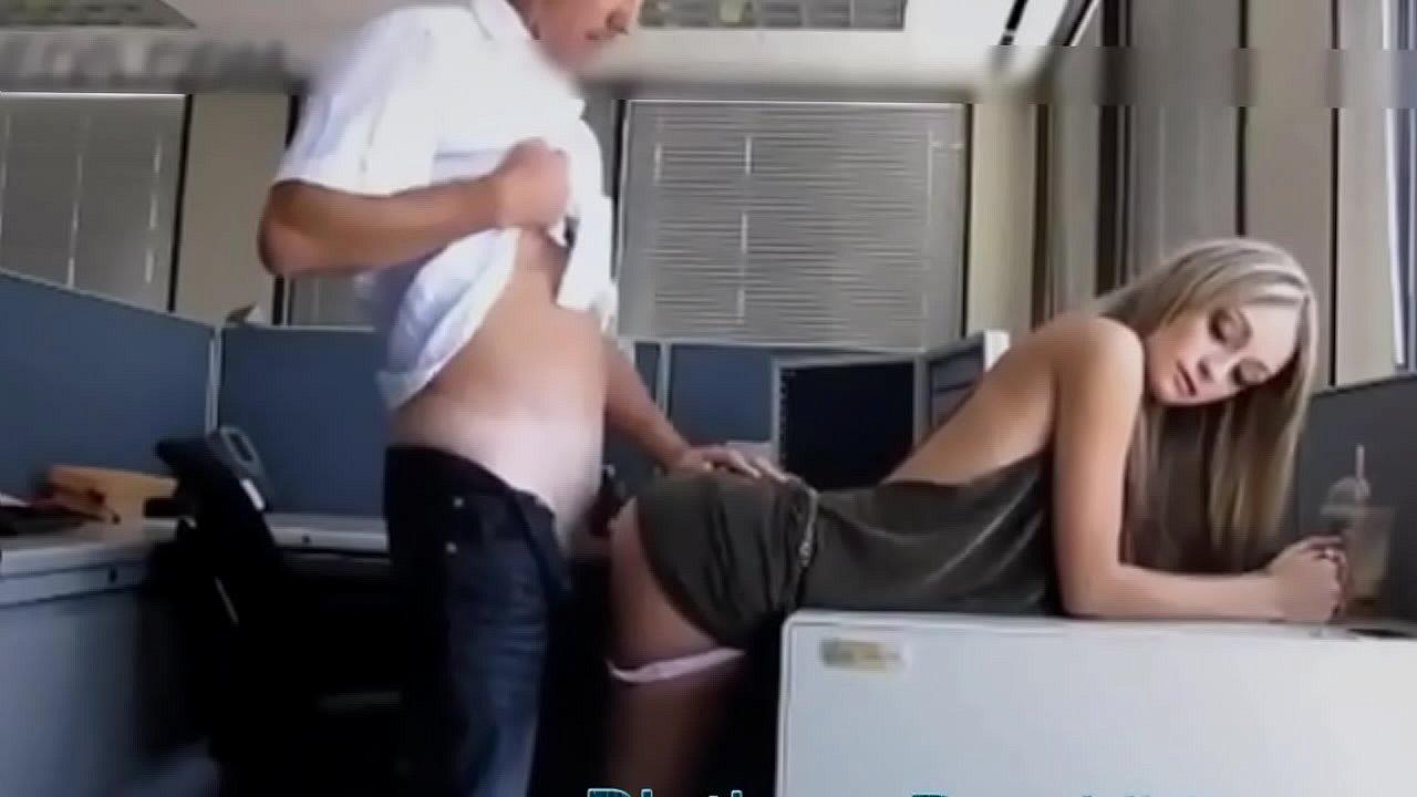 Трахает Начальника