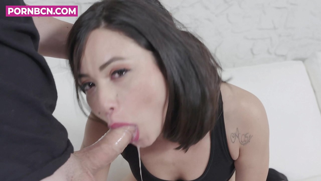 lesbian pussy licking milf