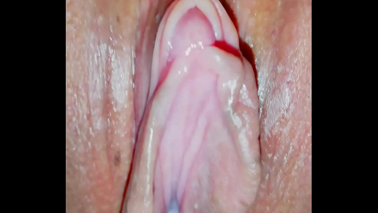 Lesbian Pussy Eating Wet