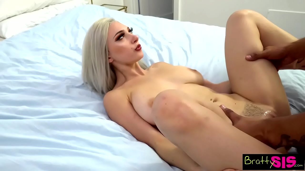"""am I Hot Or Not?"" ""this Is Fucking Weird"" Sex Freak Step Sis Skylar Vox  - 20"