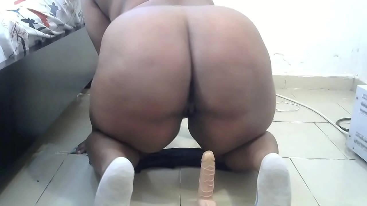 Chubby White Girl Blowjob
