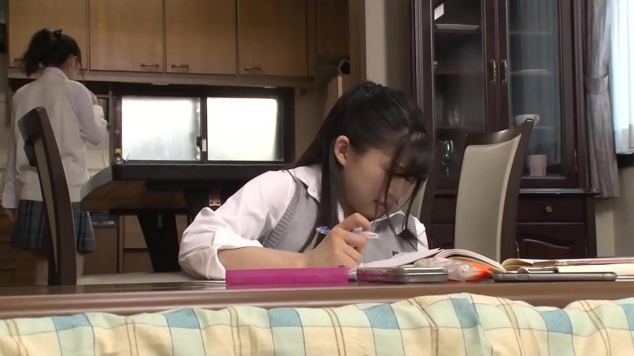 หนังโป๊ญี่ปุ่น เพื่อนลูกสาว