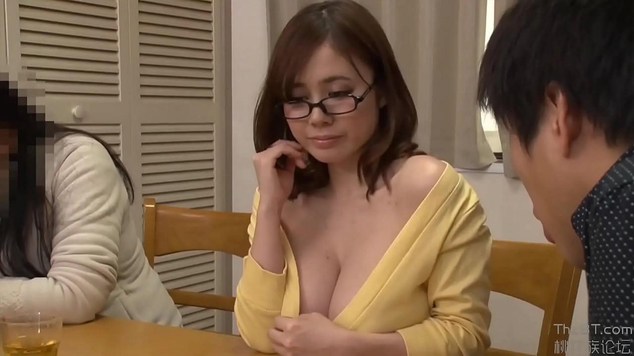 huge tits blonde webcam
