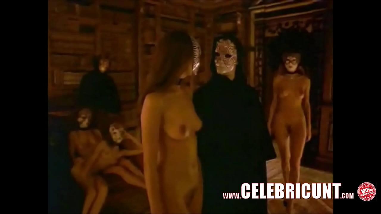 Nackt lola hunt Nude celebrity
