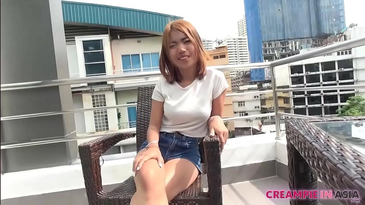 Petite Thai slut rides Japan's big cock