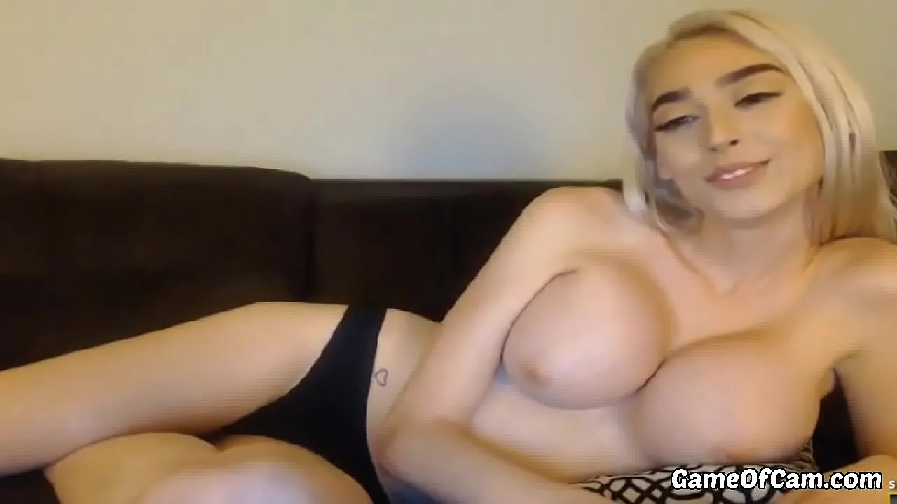 Sexy Webcam Babe Perfect Body