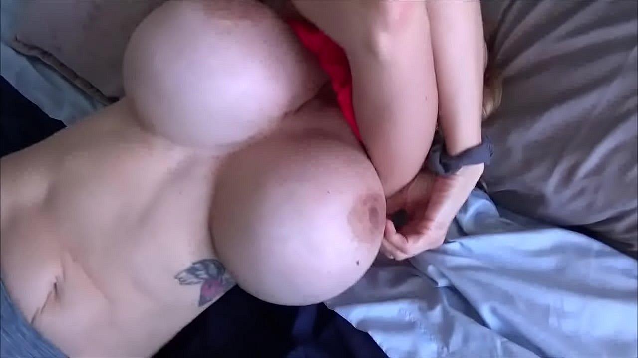 Justine Joli Sarah Blake