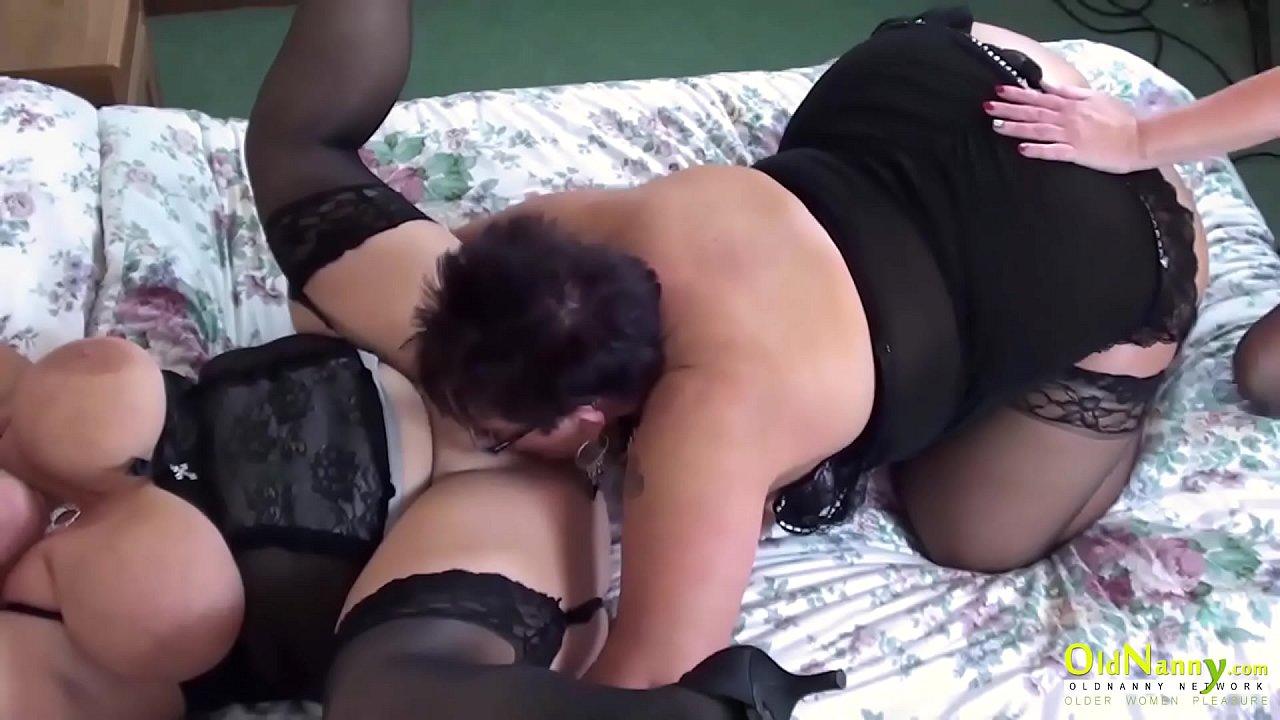 handjob amateur big tits