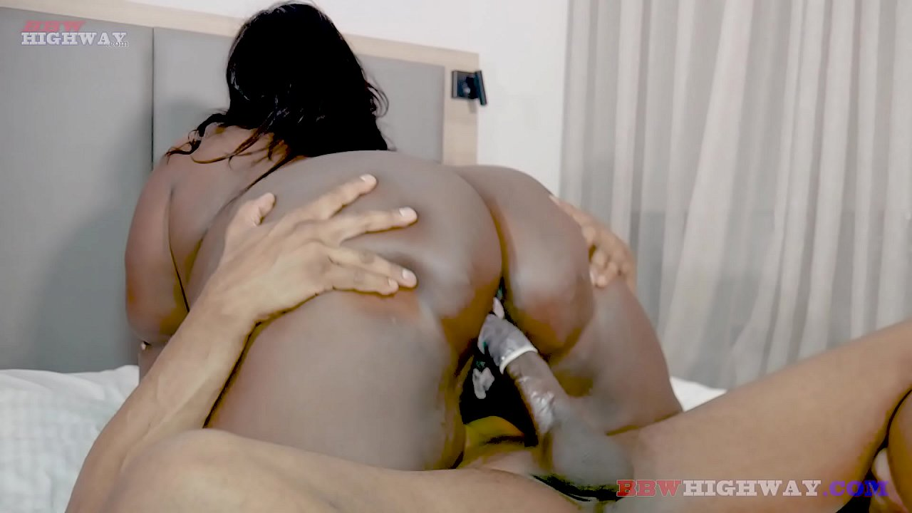 Big Booty Ebony Cant Take