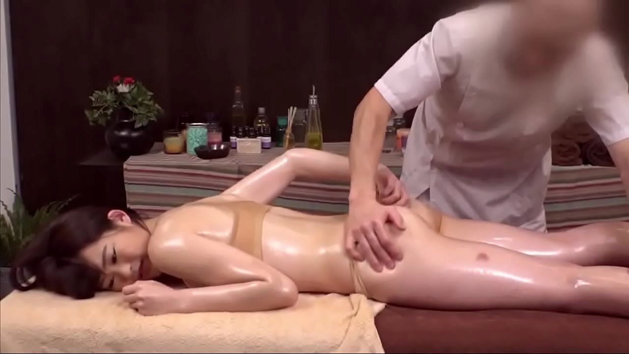 【Voyeur】I thought it was a normal massage or stretching …7