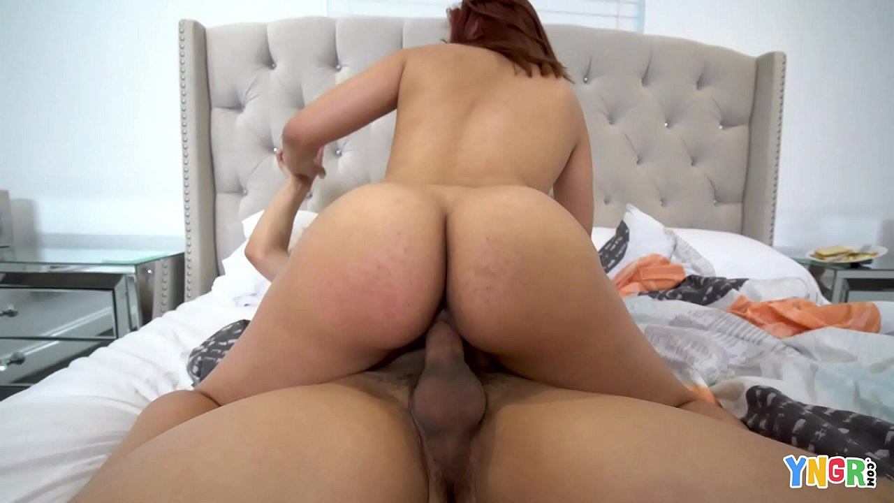 YNGR – Bubble Butt Redhead Teen Gets Banged 10 min 1080p