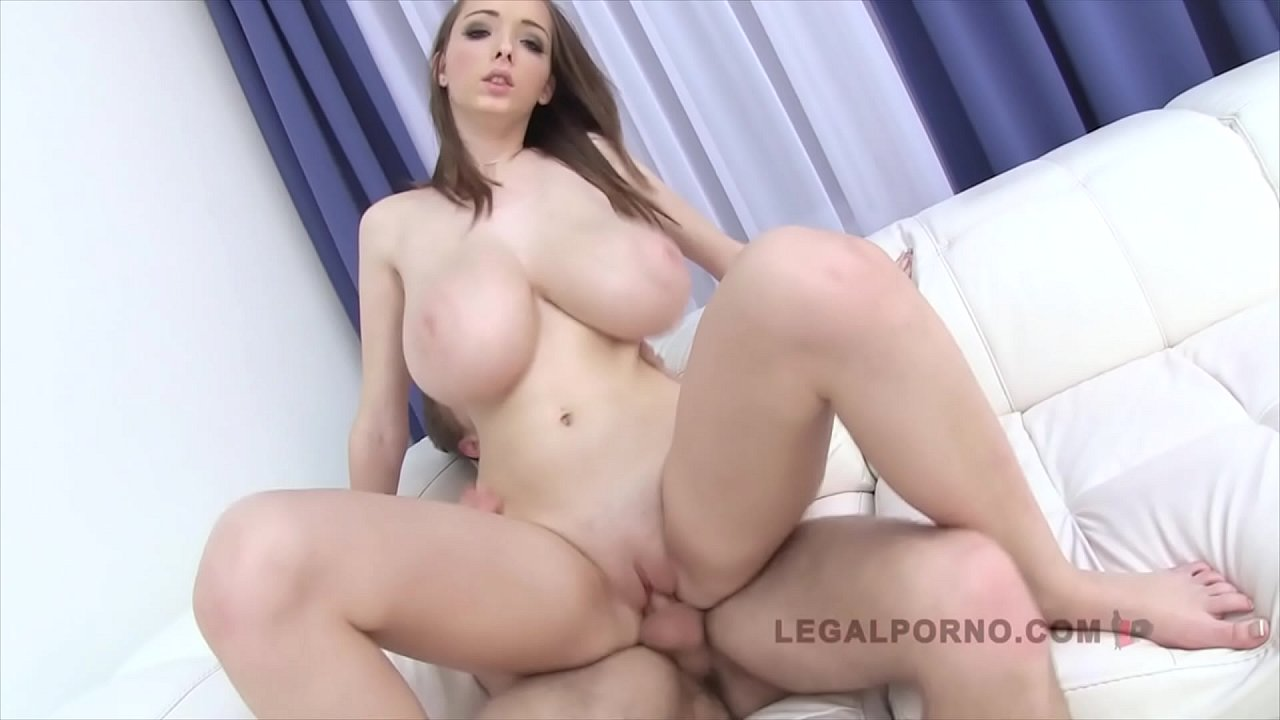 Big Natural Tits Bbc Creampie