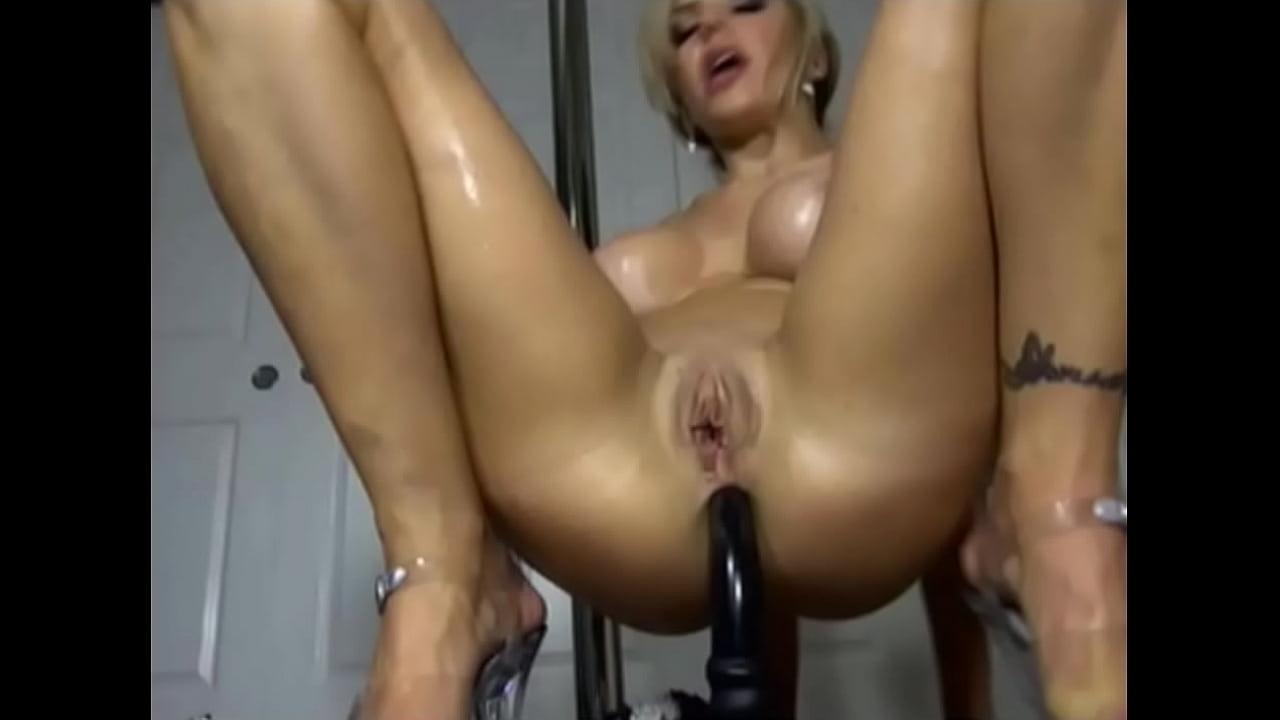 record herself sucking dick