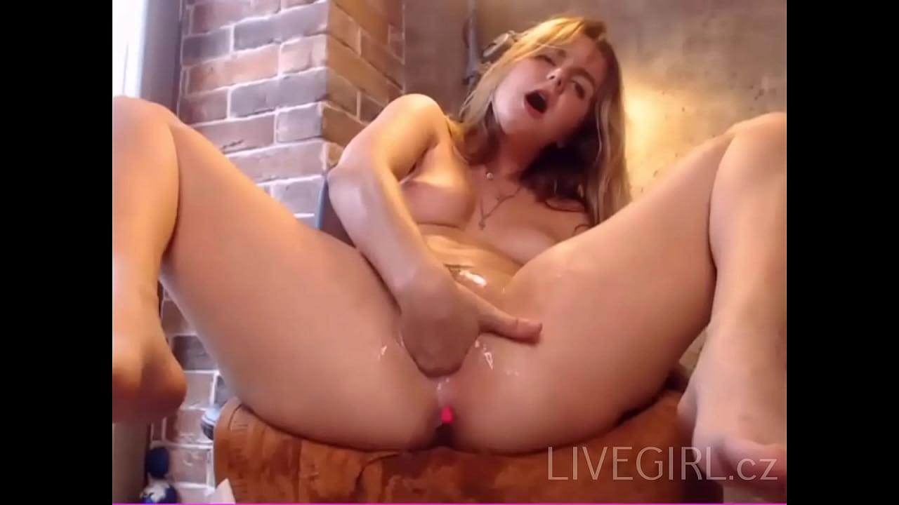 Teen Masturbation Fisting